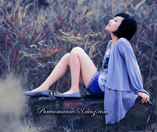 Романтическая иллюстрация в синем цвете